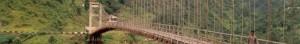 Sikkim - Bus auf Hängebrücke